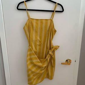 NWOT - FOREVER 21 striped dress